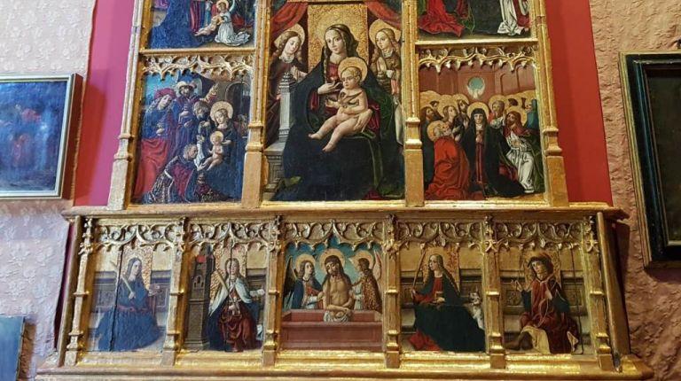 Un libro documenta la restauración del Retablo de los Siete Gozos, que se vuelve a exhibir en la Casa  Museo Benlliure