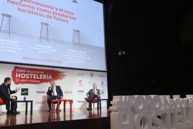 El concejal de turismo Emiliano García participa en el 1 foro nacional de hostelería